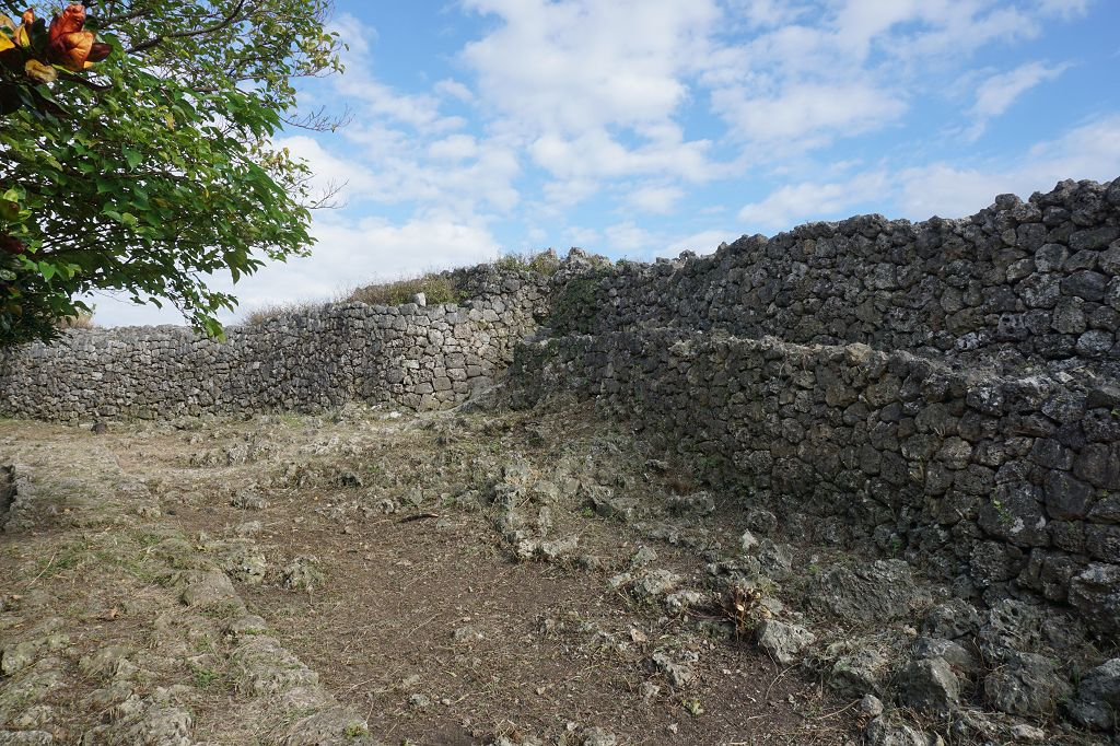 Ruine_Mauer_Steine