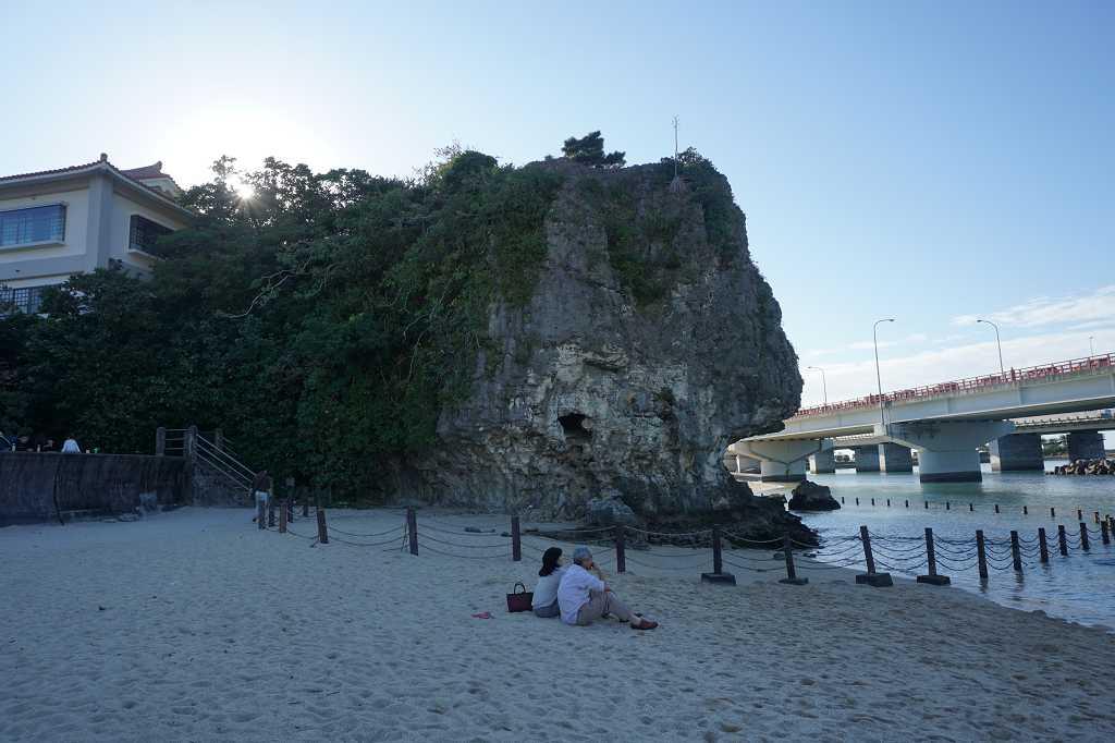 Beach_Strand_Fels_Niminoue