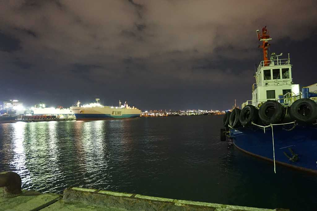 Boot_Nacht_Hafen