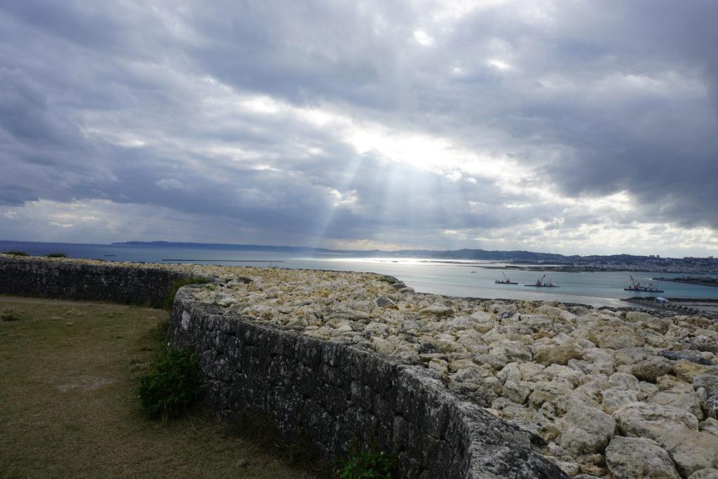 Ruine_Aussicht_Okinawa_Schiff_Meer